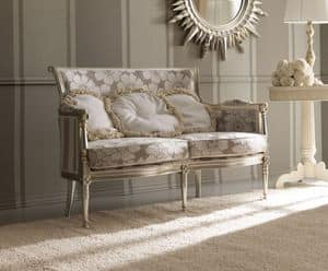 Kelly 403 sofa, Luxury classic sofa, in beech wood carved by hand, for high class sitting rooms