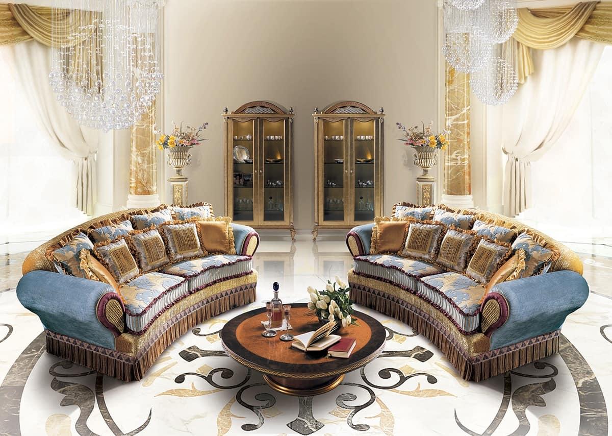 Sofa craftsmanship classic style idfdesign for Classic style sofa