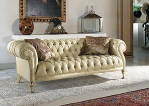 Mozart, Quilted classic sofa for living rooms