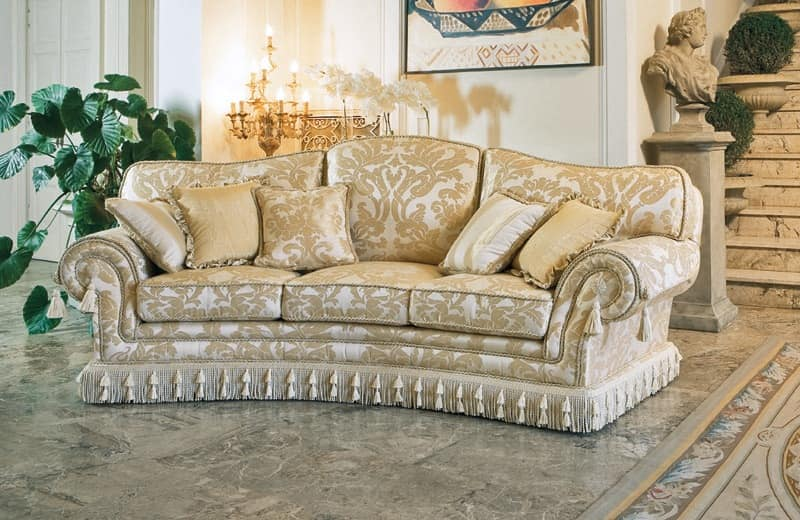 Semicircular sofa classic luxury style idfdesign for Classic couch styles
