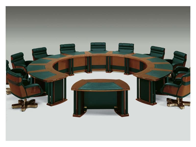 Picture of FORUM 2, classic tables in carved wood