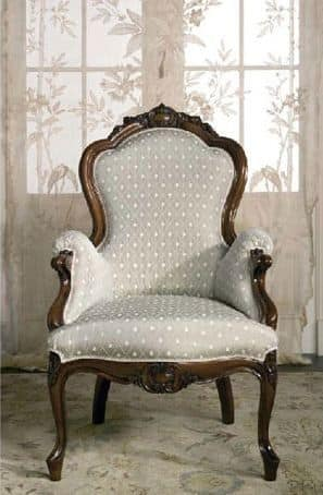 Art. CA61 Carlotta, Armchair in wood, for classical family lounges
