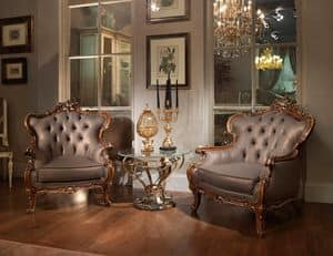 Oxford, Carved armchair in classic luxury style