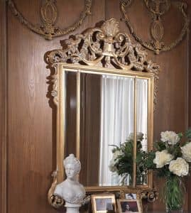 912, Classic style mirror, with decorated frame