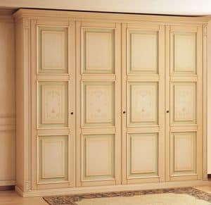 Art. 1140 Oxford, Luxurious wardrobe, antique lacquer finish, with matching bands and decorations