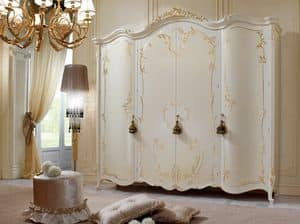Vittoria Wardrobe lacquered, Lacquered wardrobe with 4 doors, with golden decorations