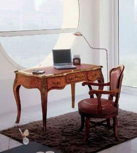Art. 438, Desk with fine finishes ideal for classic offices