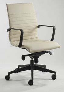 Genesis L 561, Stuffed office chair on castors