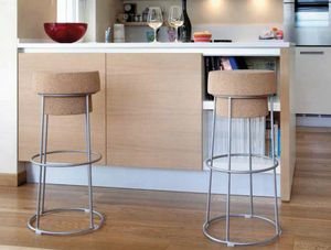 Busciomm-A, Barstool with round seat, bottle cap - shaped