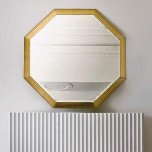 Stresa ST141, Octagonal mirror with gold leaf frame