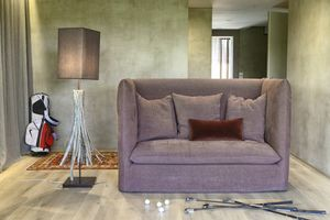Bellini, Stuffed sofa with high backrest