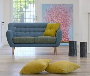 Italo, Two-seater sofa in leather or fabric