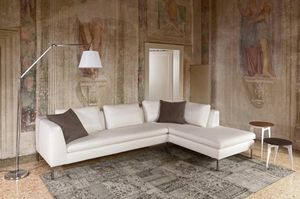 Weeb, Elegant sofa with high comfort
