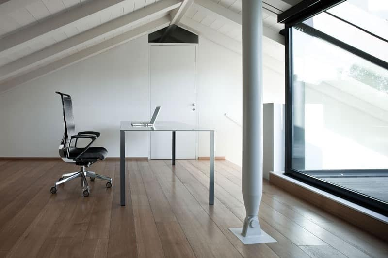 Korium, Chair with mesh backrest, for office