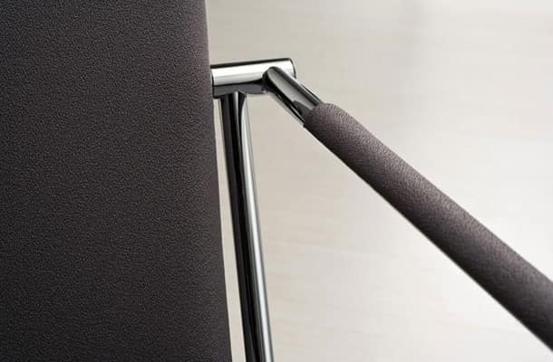Vivo P, Armchair in metal padded, for office