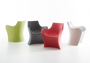 Woopy, Sinuous polyethylene armchair, also for outdoor use