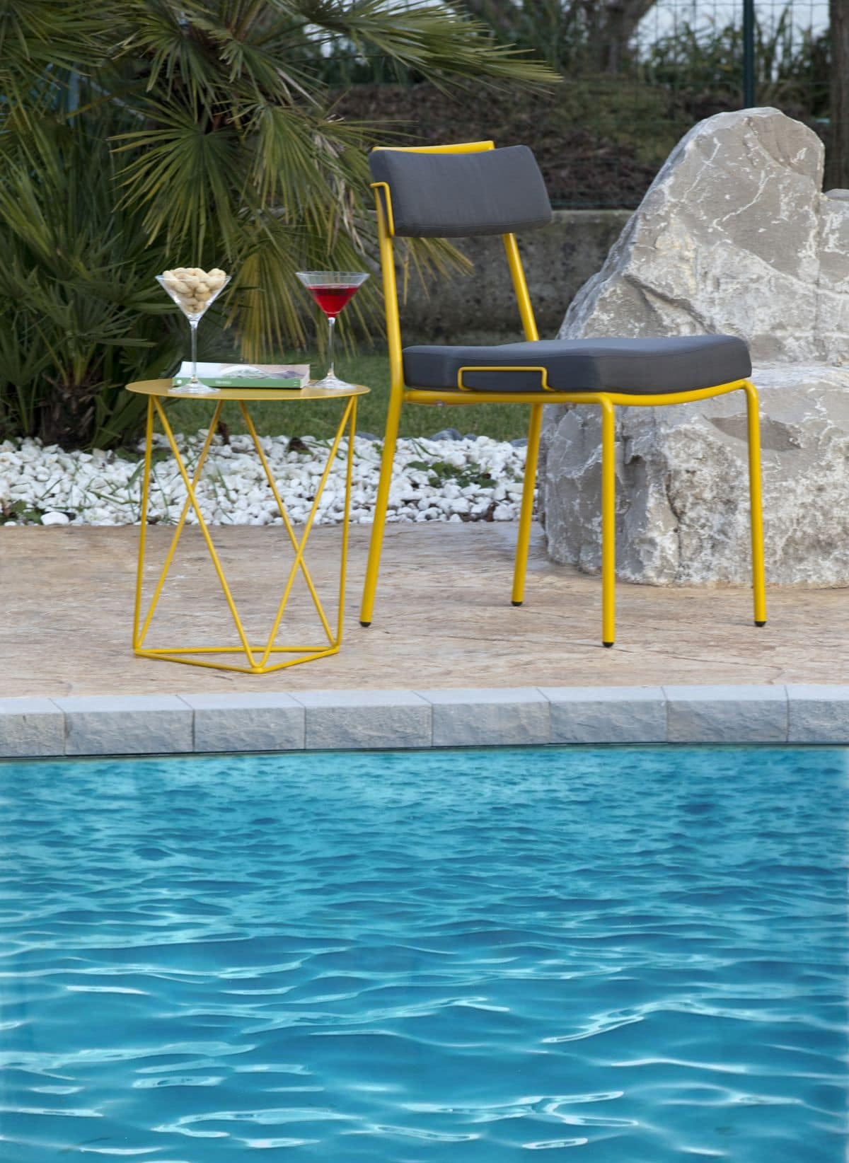 Lucky, Metal chair with cushions ideal for outdoor environments