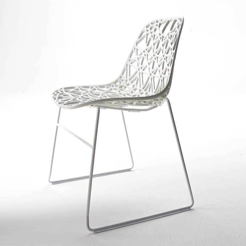 Design outdoor chair in metal plastic mesh shell idfdesign for Sedie outdoor design