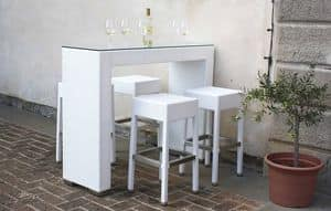 Picture of Harley set, seat and table in natural or synthetic wicker
