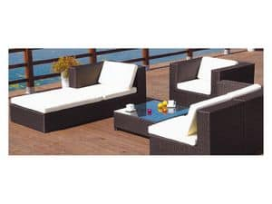 Picture of Set 04, seats and tables in natural or synthetic wicker