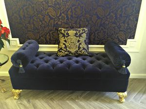 Luxury Daybed Made Of Wood With Gold Finishings Baroque
