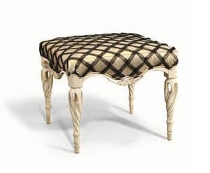 Art. 707, Pouf carved by hand, for classics living rooms
