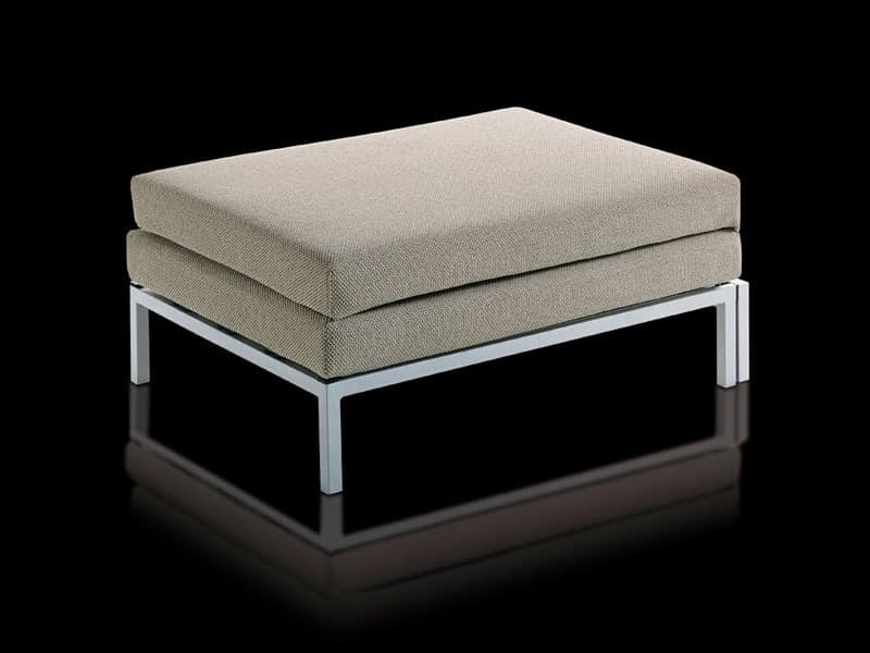 translucent polyethylene seats poufs and tables good home design. Black Bedroom Furniture Sets. Home Design Ideas