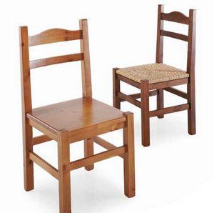 Moena, Rustic pine-wood chair