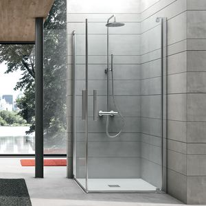 Pivot, Shower cabin with pivot door for domestic use