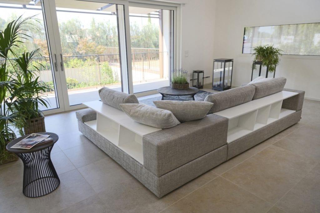 Niagara, Modern modular sofa with bookcase