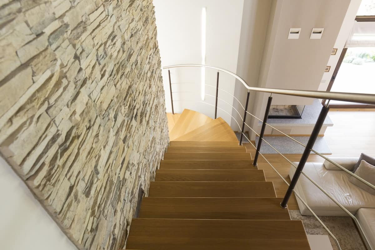 BG.13, Self-supporting staircase, in oak and in brushed steel