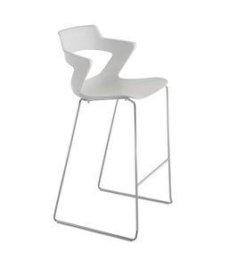 Kelly 168 SG, Polypropylene stool, with sled base