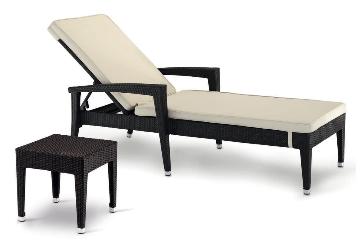 exterior aluminium sun bed intertwined for hotel idfdesign. Black Bedroom Furniture Sets. Home Design Ideas