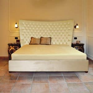 Gilda, Customizable classical bed, with tufted headboard