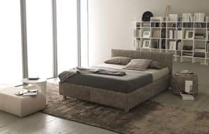Picture of Metropolitan, upholstered bed