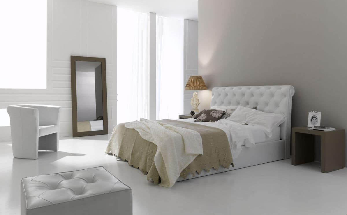 Leather bed with classic lines headboard with tufted for Royal headboard