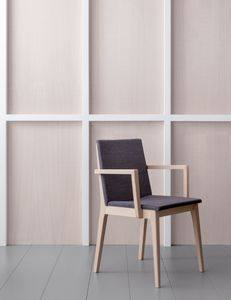 IRLANDA P, Squared wooden chair with armrests