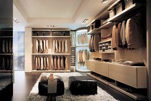 Free - Walk-in closet oak, Walk-in closet with innovative corner element