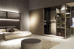 Walk-in closet, Customizable cabinet with dressing table