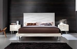 Diamante Art. 38.363, Lacquered bed with upholstered headboard in leather