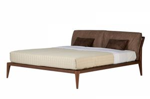 Indigo bed, Bed with a clean design