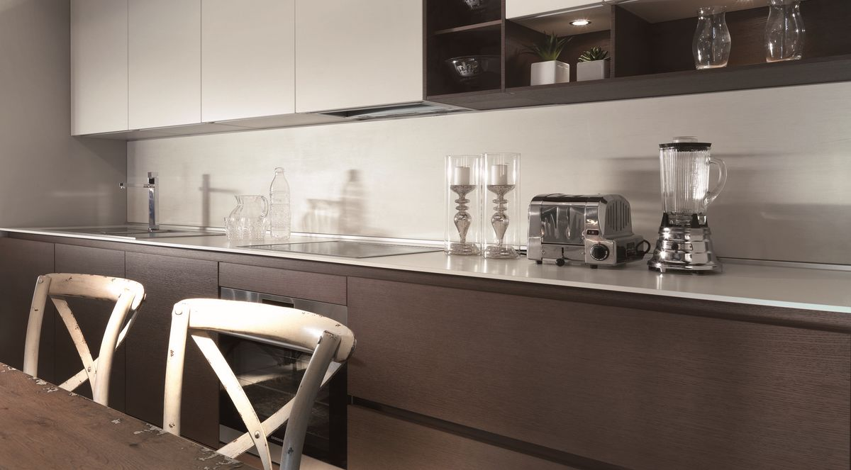 dl700 schienali, Backrests fixed to the wall for kitchens, made of crystal