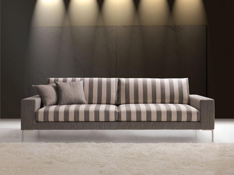 Daytona, Elegant waiting sofa, wide armrest, for Office