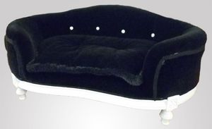 285 DOG BED, Padded dog lounger in classic luxury style