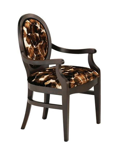 S11, Traditional chair in wood, for entrance halls of hotels