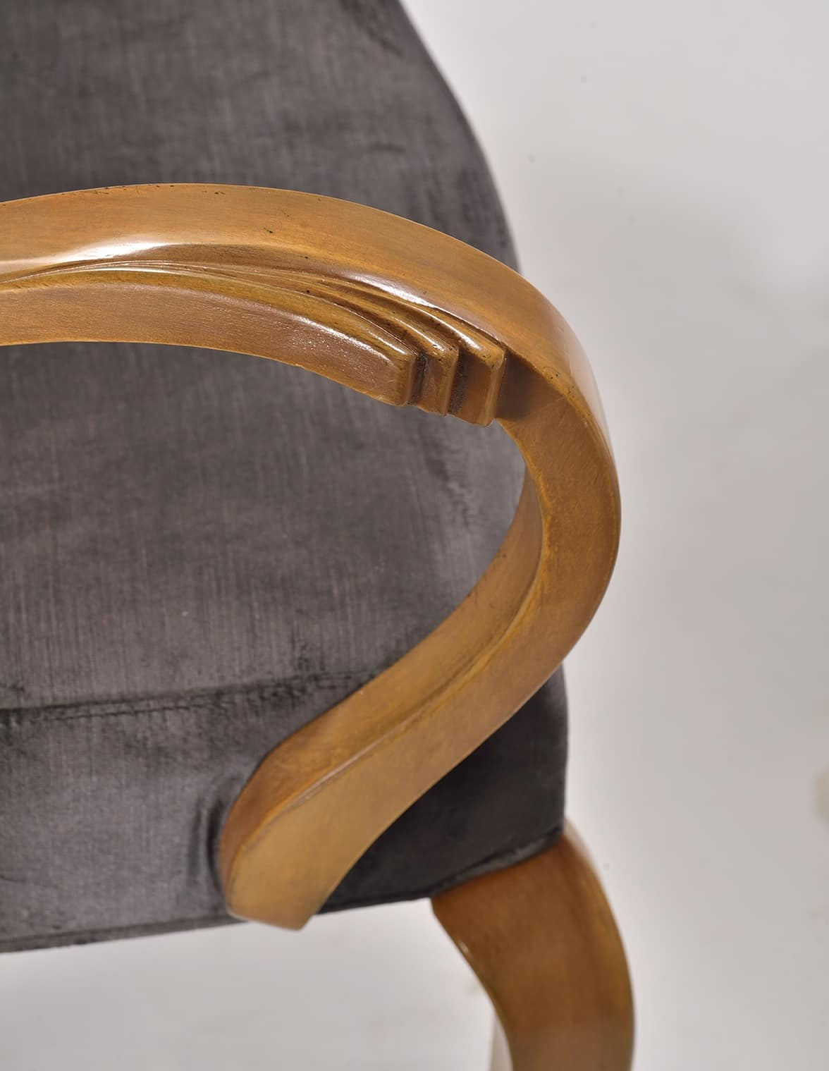 WAVE chair with armrests 8624A, Upholstered chair, with armrests, for luxury restaurant