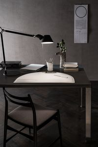 Medea 5pz, Leather accessories for desk