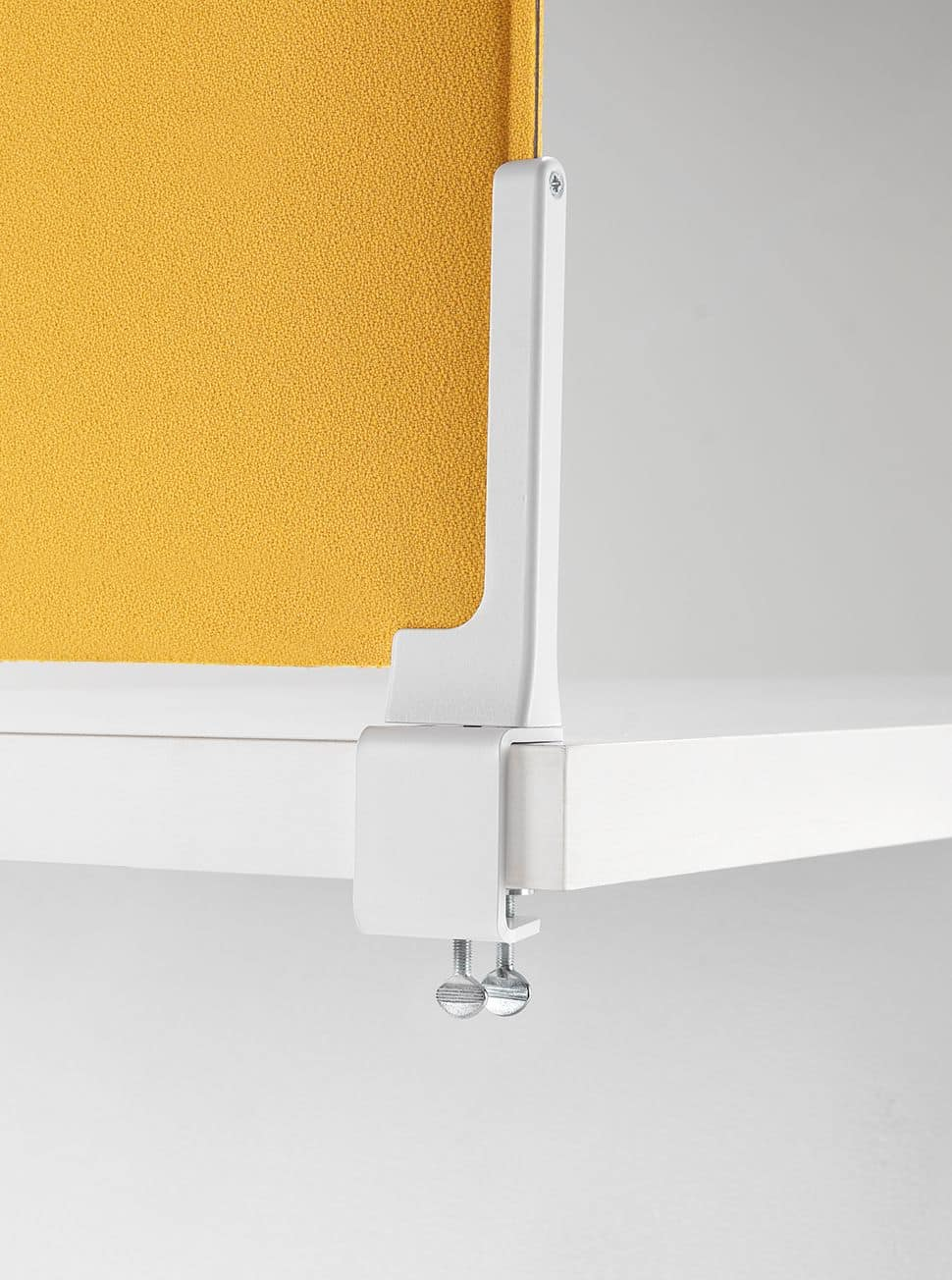 Corner, Sound-absorbing partitions for desks