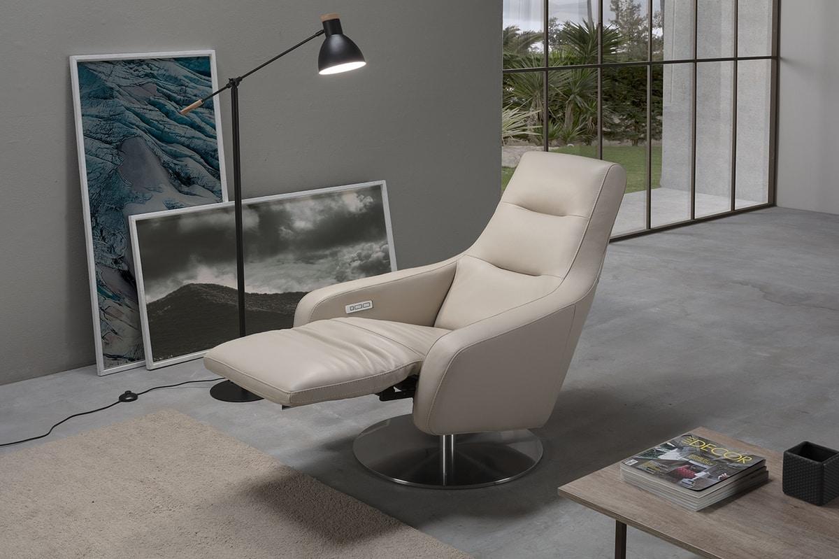 Nora, Elegant relaxation armchair