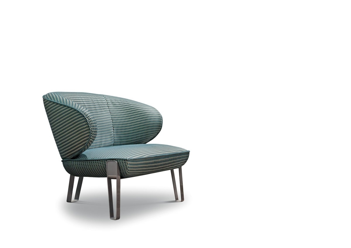 Sweet Jane, Armchair with rounded shapes